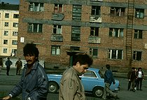 Roger-Viollet | 282550 | Along the Yenisei River. Norilsk, factory-town created by Stalin to work the Siberian ores, built by the prisoners of the gulag. Siberia (Russia), 1993. | © Jean-Paul Guilloteau / Roger-Viollet