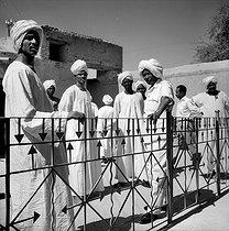 Roger-Viollet | 294653 | Balcony of the Khalifa. Omdurman (Sudan), January 1966. Photograph by Hélène Roger-Viollet (1901-1985). | © Hélène Roger-Viollet / Roger-Viollet