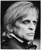 Roger-Viollet | 306248 | Klaus Kinski (1926-1991), German actor. Paris, 1977. | © Bruno de Monès / Roger-Viollet
