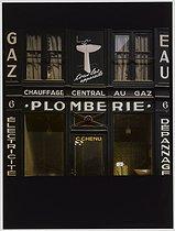 Roger-Viollet | 309017 | Plumber's, 6 rue des Trois Frères. Paris (XVIIIth arrondissement), 1980. Photograph by Felipe Ferré (born in 1934). Paris, musée Carnavalet. | © Felipe Ferré / Musée Carnavalet / Roger-Viollet