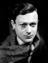 Roger-Viollet | 318818 | Tristan Tzara (1896-1963), Romanian-born French writer. Paris, about 1925. | © Henri Martinie / Roger-Viollet