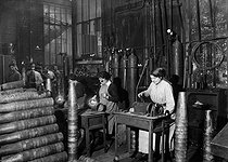 Roger-Viollet | 324153 | World War I. Women working in a gunpowder factory. France. | © Maurice-Louis Branger / Roger-Viollet