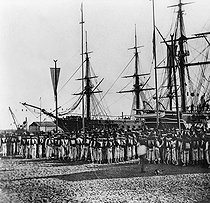 Roger-Viollet | 324176 | Inauguration of the Suez Canal (Egypt). French soldiers, 1869. | © Léon & Lévy / Roger-Viollet