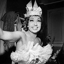 Roger-Viollet   327359   Joséphine Baker (1906-1975), American artist of music-hall. Paris, Olympia, april 1964.   © Studio Lipnitzki / Roger-Viollet