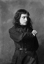 Roger-Viollet | 332648 | Napoleon | © Boris Lipnitzki / Roger-Viollet