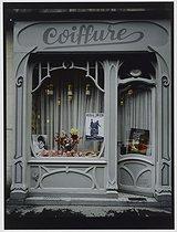 Roger-Viollet | 336957 | Hairdressing salon, 58 rue du général Bizot. Paris (XIIth arrondissement), 1981. Photograph by Felipe Ferré. Paris, musée Carnavalet. | © Felipe Ferré / Musée Carnavalet / Roger-Viollet