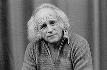 Roger-Viollet | 337416 | Léo Ferré (1916-1993), French singer-songwriter. Liège (Belgium), 1977. | © Patrick Ullmann / Roger-Viollet