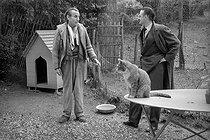Roger-Viollet | 339909 | Louis-Ferdinand Céline (1894-1961), French writer, with André Parinaud, French journalist. Meudon, 1955. | © Bernard Lipnitzki / Roger-Viollet