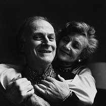 Roger-Viollet | 346005 | Yehudi Menuhin (1916-1999), American violinist and conductor, with his wife Diana. Paris, January 1980. | © Kathleen Blumenfeld / Roger-Viollet