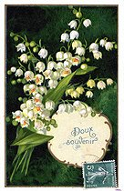 Roger-Viollet | 349431 | Sprig of lily of the valley. Lucky charm postcard, about 1900. | © Roger-Viollet / Roger-Viollet