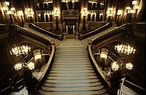 Roger-Viollet | 350597 | Main staircase of the Opera Garnier. Paris, 1983. | © Jean-Pierre Couderc / Roger-Viollet