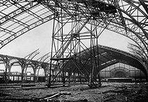 Roger-Viollet | 354867 | Démolition de la Galerie des Machines. Paris, 1909. | © Roger-Viollet / Roger-Viollet