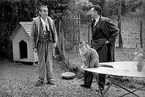 Roger-Viollet | 359249 | Louis-Ferdinand Céline (1894-1961), French writer, with André Parinaud, French journalist. Meudon, 1955. | © Bernard Lipnitzki / Roger-Viollet