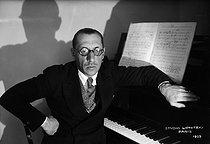 Roger-Viollet | 366843 | Igor Stravinsky | © Boris Lipnitzki / Roger-Viollet