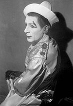 Roger-Viollet | 376224 | Clown Nino. France, 1930's. | © Collection Roger-Viollet / Roger-Viollet