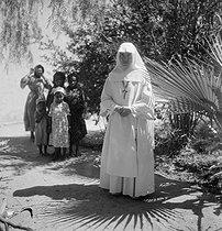 Roger-Viollet | 380216 | Religious school. El Menea (formerly El Golea). Algeria, around 1930-1960. | © Gaston Paris / Roger-Viollet