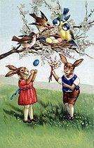 Roger-Viollet | 380591 | Easter. Fancy postcard. Beginning of XXth century. | © Roger-Viollet / Roger-Viollet