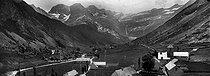 Roger-Viollet | 399425 | Gavarnie (Upper-Pyrenees). Around 1900. | © Léon & Lévy / Roger-Viollet