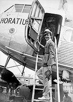 Roger-Viollet   415645   Walt Disney (1901-1966), American producer and director of cartoons.   © Roger-Viollet / Roger-Viollet