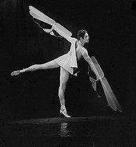 Roger-Viollet | 417195 | BALLET - ICARE | © Boris Lipnitzki / Roger-Viollet