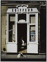 Roger-Viollet | 419543 | Hairdressing salon, 5 rue de Béarn. Paris (IIIrd arrondissement), 1981. Photograph by Felipe Ferré (born in 1934). Paris, musée Carnavalet. | © Felipe Ferré / Musée Carnavalet / Roger-Viollet