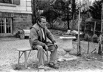 Roger-Viollet | 421069 | Louis-Ferdinand Céline (1894-1961), French writer. Meudon (France), 1955. | © Bernard Lipnitzki / Roger-Viollet