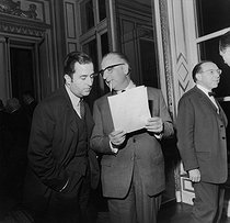 Roger-Viollet | 426261 | Negotiations between the representatives of the government during the Grenelle agreements at the Ministry of Labour. Georges Pompidou (Prime Minister), Edouard Balladur (Prime Minister''s adviser) and Jean-Marcel Jeanneney (Minister for Social Affairs). Paris, May 25-26, 1968. Photograph by Georges Azenstarck (born in 1934). | © Georges Azenstarck / Roger-Viollet