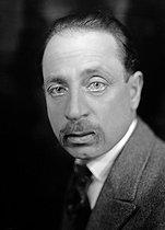 Roger-Viollet | 429124 | Rainer Maria Rilke (1875-1926), Austrian writer. France, about 1920. | © Henri Martinie / Roger-Viollet