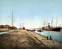 Roger-Viollet | 436724 | El Qantara. Suez Canal (Egypt), circa 1880-1890. | © Roger-Viollet / Roger-Viollet