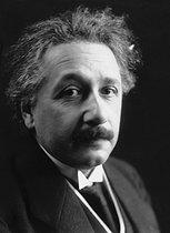Roger-Viollet | 447492 | Albert Einstein (1879-1955), German physicist naturalized Swiss then American. | © Pierre Choumoff / Roger-Viollet