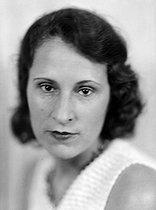 Roger-Viollet   449922   Gala Dali (Elena Diakonova, 1894-1982), first wife of Paul Eluard, she later married Salvador Dali in 1929. France, circa 1930.   © Henri Martinie / Roger-Viollet