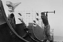 Roger-Viollet | 453042 | Shipyard. La Ciotat (France), 1958. Photograph by Jean Marquis (1926-2019). | © Jean Marquis / Roger-Viollet