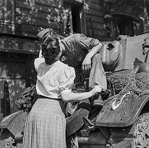 Roger-Viollet | 455348 | World War II. Liberation of Paris, August 1944. | © Gaston Paris / Roger-Viollet