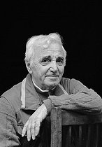 Roger-Viollet | 456240 | Charles Aznavour (1924-2018), Armenian-born French singer-songwriter and actor. France, on May 6, 2005. | © Patrick Ullmann / Roger-Viollet