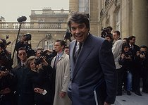 Roger-Viollet | 456914 | Bernard Tapie (born in 1943), minister of town in Pierre Bérégovoy's government, leaving the Cabinet. Paris, April 1992. | © Jean-Paul Guilloteau / Roger-Viollet