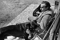 Roger-Viollet | 470494 | Louis-Ferdinand Céline (1894-1961), French writer. Meudon, 1955. | © Bernard Lipnitzki / Roger-Viollet
