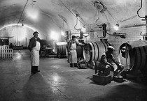 Roger-Viollet | 487713 | Cellar in the Moët et Chandon establishments. Epernay (Marne), 1942. | © LAPI / Roger-Viollet