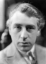 Roger-Viollet | 505266 | Abel Gance (1889-1981), French director and actor. | © Henri Martinie / Roger-Viollet