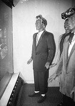 Roger-Viollet | 506802 | World War II. Men's fashion. Display mannequins wearing  swing  suits. Paris, June 1942. | © LAPI / Roger-Viollet