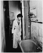 Roger-Viollet | 518064 | Inès de la Fressange (born in 1957), French model, designer of fashion and perfumes, businesswoman and fashion journalist. Paris (VIIth arrondissement), 1983. | © Bruno de Monès / Roger-Viollet