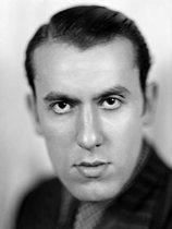 Roger-Viollet   524947   René Char (1907-1988), French poet. France, about 1930.   © Henri Martinie / Roger-Viollet