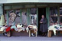 Roger-Viollet | 527292 | Secondhand clothes shop, rue de Ménilmontant. Paris, April 1970. Photograph by Léon Claude Vénézia. | © Léon Claude Vénézia / Roger-Viollet