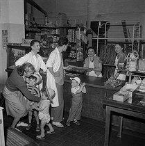 Roger-Viollet | 529090 | Boulangerie. Cité de Clairville. France, 1954 . | © LAPI / Roger-Viollet