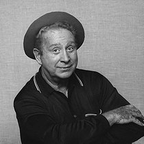 Roger-Viollet | 551451 | Charles Trenet (1913-2001), French singer-songwriter, 1983. | © Patrick Ullmann / Roger-Viollet