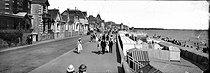 Roger-Viollet | 565369 | La Baule-les-Pins (Loire-Atlantique). The boulevard Hennecart, about 1900. | © Léon & Lévy / Roger-Viollet