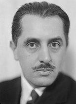 Roger-Viollet   566376   Jean Paulhan (1884-1968), French writer.   © Henri Martinie / Roger-Viollet