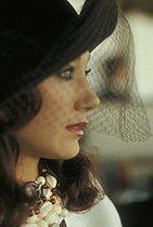 Roger-Viollet | 579609 | Marisa Berenson (born in 1947), American actress. Longchamp (Paris), in 1973.$$$ | © Jack Nisberg / Roger-Viollet