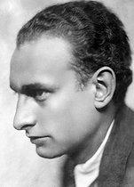 Roger-Viollet | 582296 | Philippe Soupault (1897-1990), French writer. | © Henri Martinie / Roger-Viollet