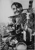 Roger-Viollet | 582608 | François Cavanna (1923-2014), écrivain et dessinateur humoristique français, mai 1971. | © Jean-Pierre Couderc / Roger-Viollet