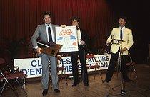 Roger-Viollet | 586108 | Bernard Tapie (born in 1943), French businessman and politician, 1985. | © Jean-Régis Roustan / Roger-Viollet